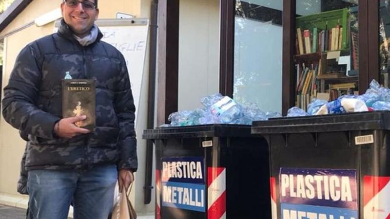 Un libro gratis ogni 10 bottiglie di plastica